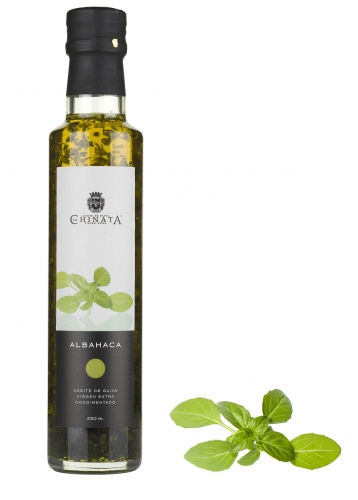 Extra virgin olive oil with basil La Chinata image #1