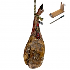 Iberico ham (shoulder) grass-fed Arturo Sánchez + ham holder + knife