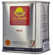 Premium sweet smoked paprika powder La Chinata