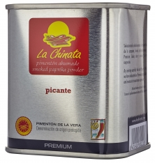 Premium spicy smoked paprika powder La Chinata