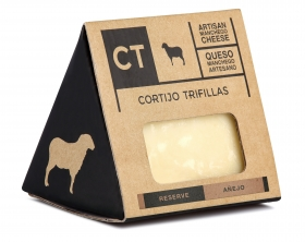 Reserve Manchego cheese wedge CT