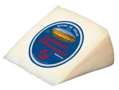 Soft cheese wedge Gómez Moreno