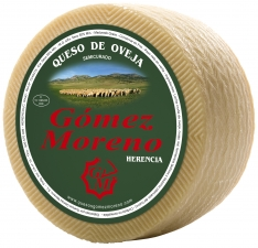 Small artisanal semicured cheese Gómez Moreno