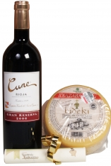 Cheese an red wine special christmas selection