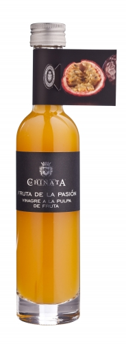 Vinegar with passion fruit pulp La Chinata image #1